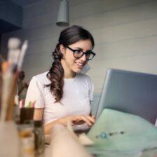 De 5 populairste manieren om als student online geld te verdienen